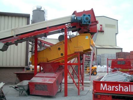 Mogensen C1016 Screener: Processing Crushed Granite and Marine Sand